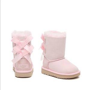 UGG Bailey Bow II kids boot